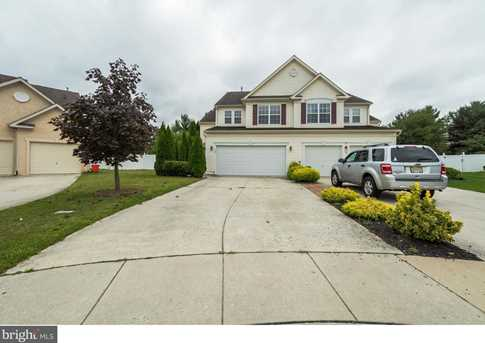 120 Bunker Hill Ct - Photo 1