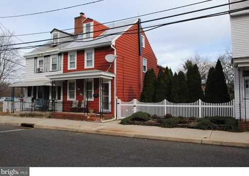 209 Saint Mary Street - Photo 1