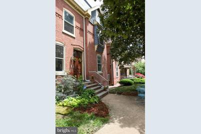 1307 W 13th Street - Photo 1