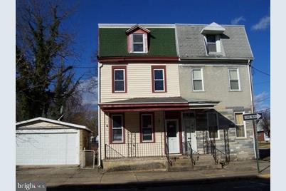 203 W Union Street - Photo 1
