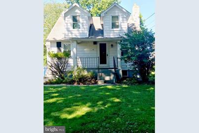 12 Holloway Lane, Bordentown, NJ 08505
