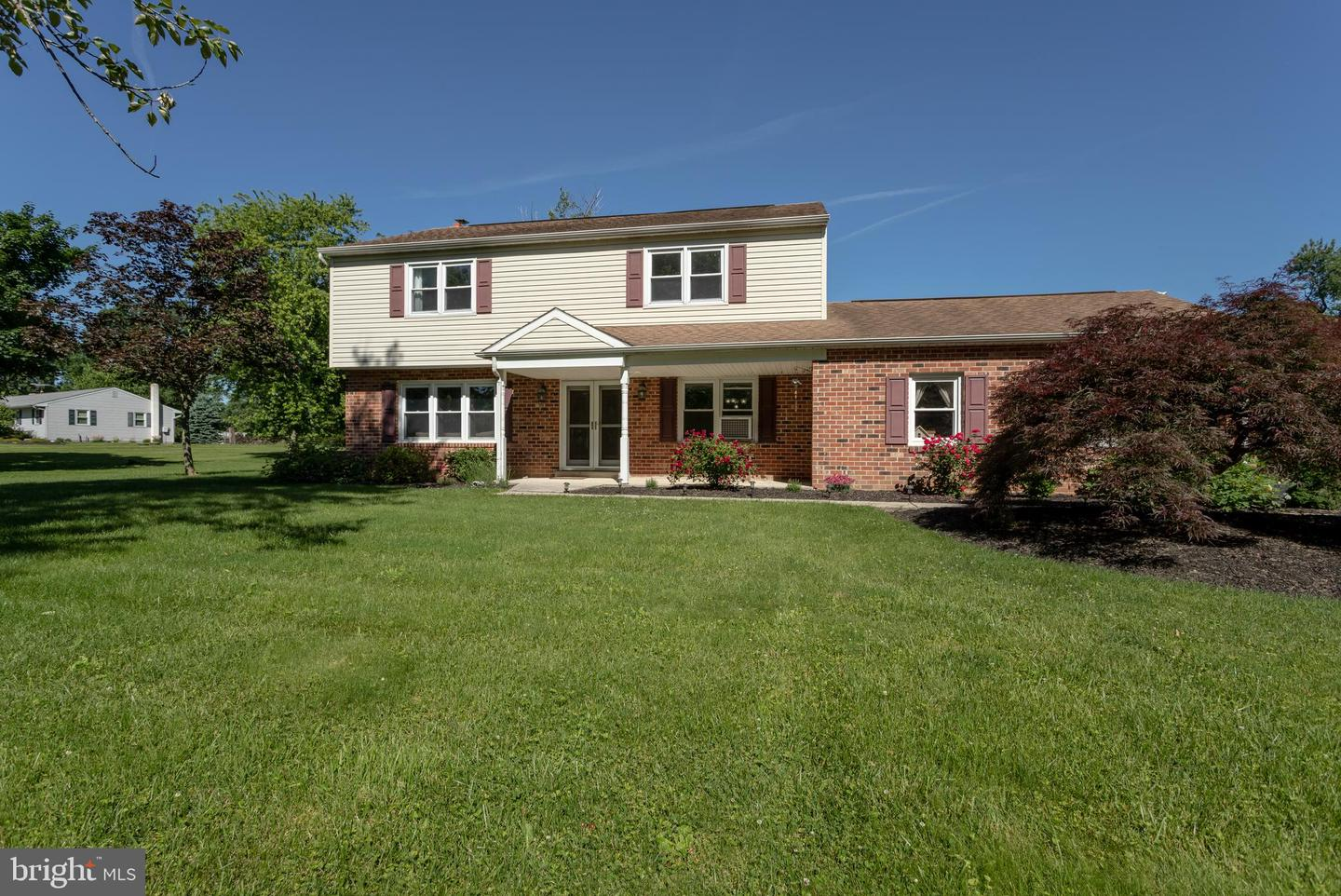 11 Arrow Point Dr, Glenmoore, PA 19343 - MLS PACT481030 - Coldwell Banker