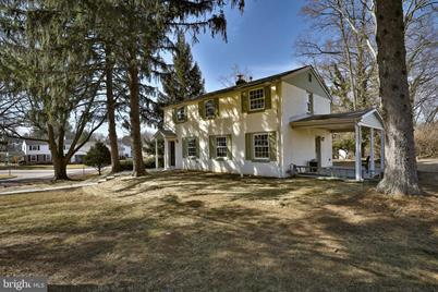 Incredible 4042 Pilgrim Road Plymouth Meeting Pa 19462 Home Interior And Landscaping Fragforummapetitesourisinfo