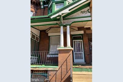 2209 W Lehigh Avenue - Photo 1