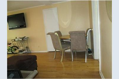 Excellent 15 A Garfield Park Avenue A Edison Nj 08837 Caraccident5 Cool Chair Designs And Ideas Caraccident5Info