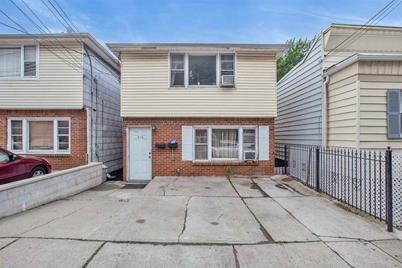 315 Terrace Ave - Photo 1