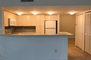 120 SW 37th Ave #305 - Photo 1