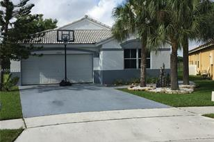 20890 NW 14th St - Photo 1