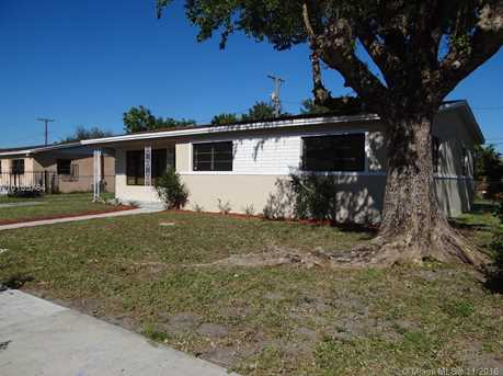 1245 NW 189th Ter - Photo 1