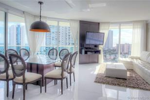 250 Sunny Isles Blvd #3-1505 - Photo 1