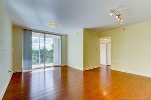 9805 NW 52nd St #414 - Photo 1