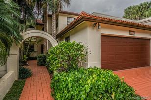5020 NW 93rd Doral Pl #5020 - Photo 1