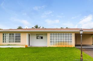 740 NW 43rd Ave - Photo 1