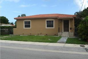 2944 SW 16th Ter - Photo 1