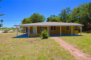 12731 NW 22nd Ct - Photo 1