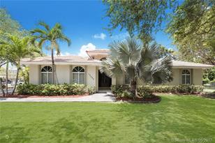 13590 SW 82nd Ave - Photo 1