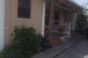 2928 NW 29 St - Photo 1