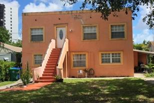 2272 NW 2nd St - Photo 1