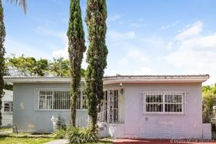 1320 SW 15th St - Photo 1