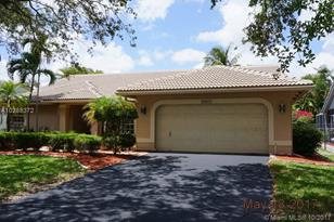 10377 NW 49th Ct - Photo 1