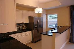 1001 SW 143rd Ave #1405 - Photo 1