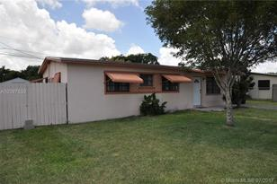 28510 SW 143rd Ct - Photo 1