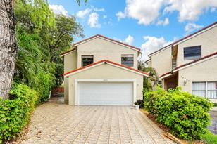 13235 SW 10th Ter - Photo 1