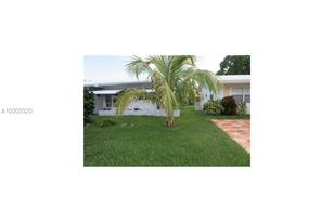 6802 NW 75 Ct - Photo 1