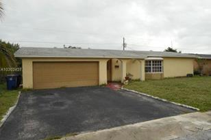 8161 NW 20th Ct - Photo 1