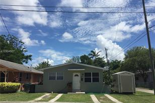 6053 SW 63rd Ter - Photo 1
