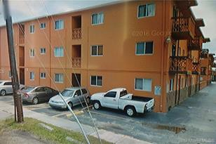 2330 NW 11th St #27 - Photo 1