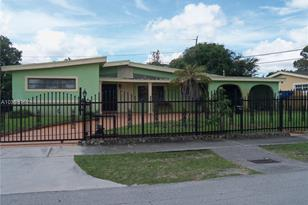 2110 NW 185th Ter - Photo 1