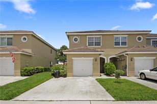 301 SW 120th Ave - Photo 1