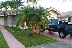 14262 SW 146th Ave - Photo 1