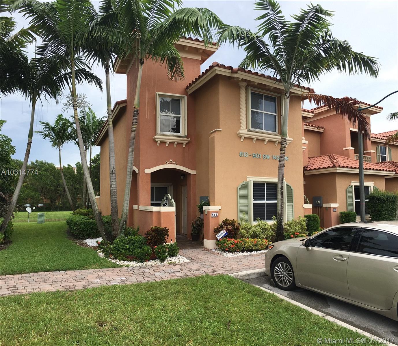 813 SW 143rd Ave, Pembroke Pines, FL 33027 - MLS A10314774 ...
