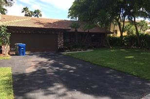 11499 NW 39th Ct - Photo 1