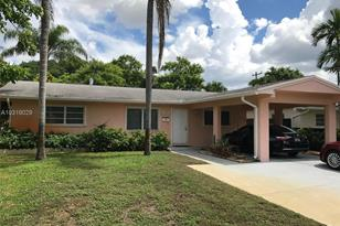612 NW 7th St - Photo 1
