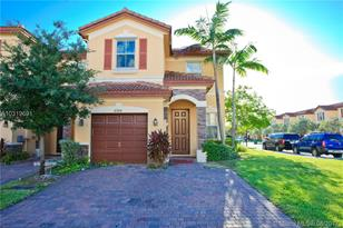 8788 NW 113th Ct - Photo 1