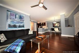 720 SW 111th Ave #208 - Photo 1