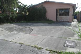 250 NW 61st Ave - Photo 1
