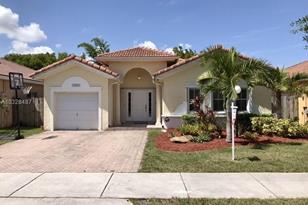 13017 SW 143rd Ter - Photo 1