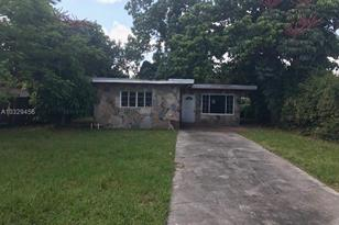 1240 NW 116th Ter - Photo 1