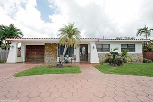 10311 SW 50th Ter - Photo 1