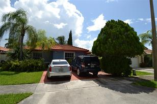 17085 SW 146th Ct - Photo 1