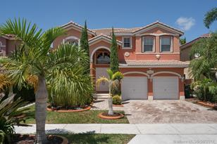 13951 SW 152nd Ter - Photo 1