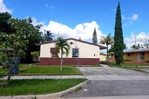 1462 NW 2nd Ave - Photo 1