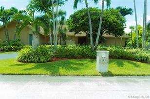 10424 SW 129th Ter - Photo 1