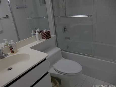 6767 Collins Ave #802 - Photo 27