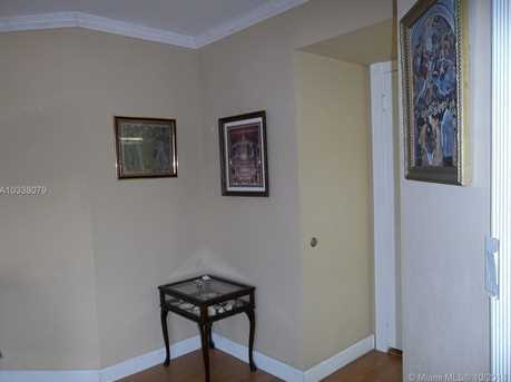 6767 Collins Ave #802 - Photo 7