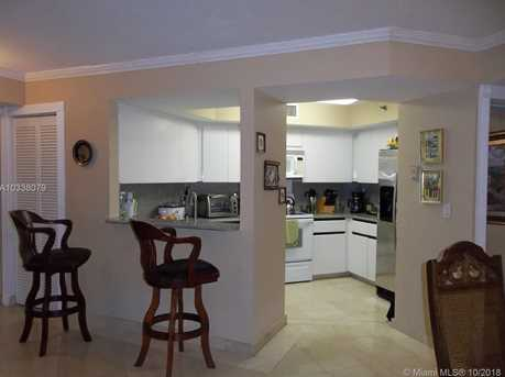 6767 Collins Ave #802 - Photo 13